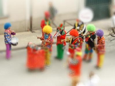 clown_parade.jpg